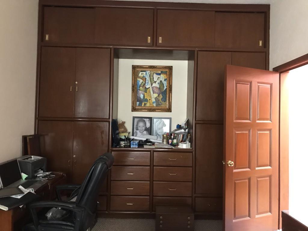 Foto Casa en Venta en  Lomas de Bezares,  Miguel Hidalgo  EN EXCLUSIVA Lomas de Bezares, excelente casa a la venta en calle Ladera (AO)