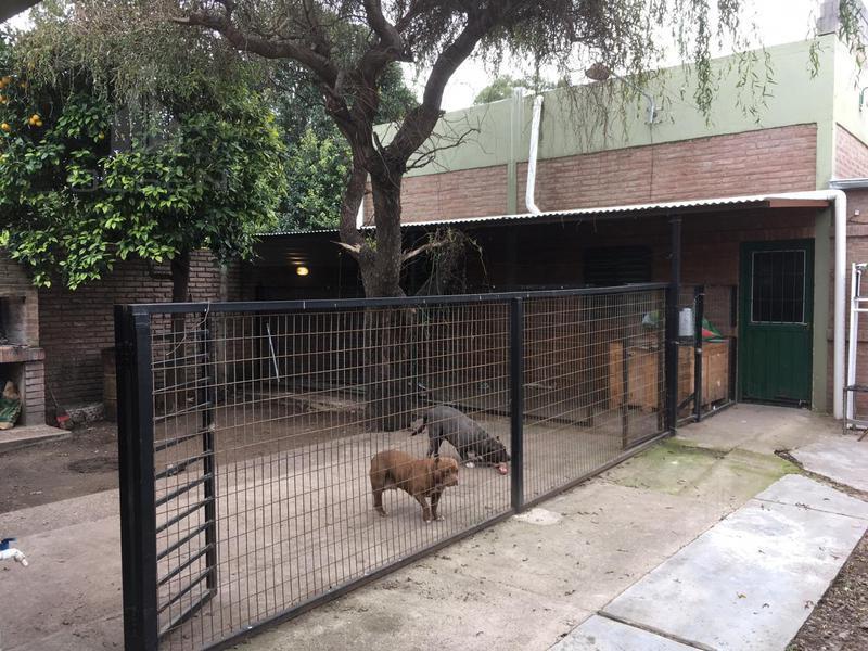 Foto Casa en Venta en  Parque Velez Sarsfield,  Cordoba Capital  PEDRO NIETO al 300