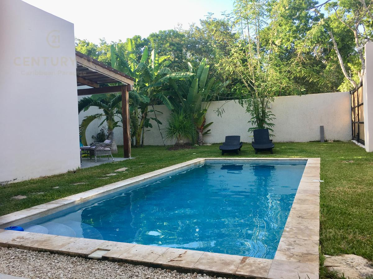 Playa del Carmen House for Sale scene image 2