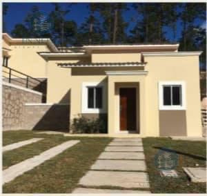 Foto Casa en Venta en  Valle de Angeles ,  Francisco Morazán  Casa En Venta Residencial Versailles Las 3 Rosas Valle de Ángeles Honduras