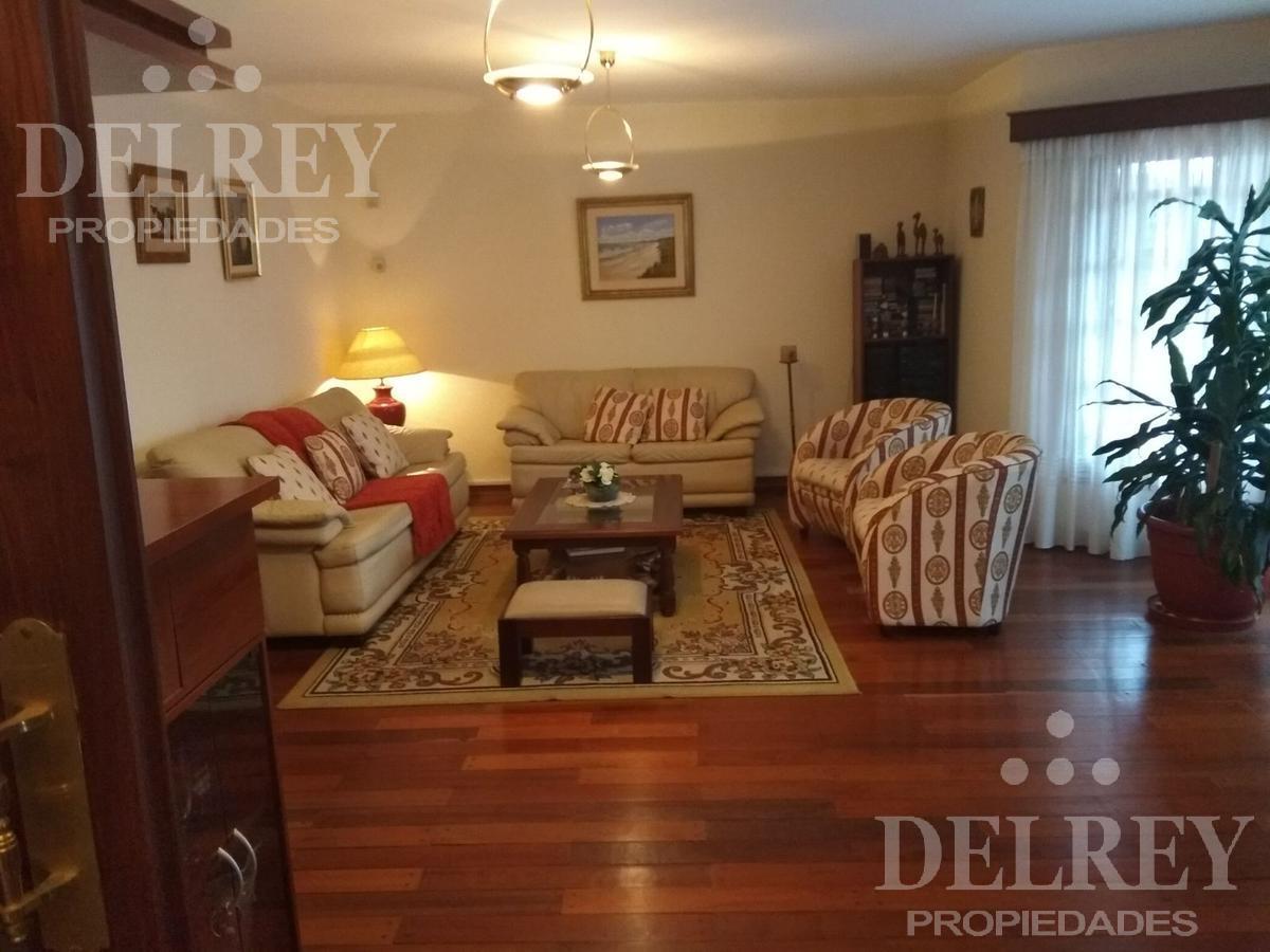 Foto Casa en Venta | Alquiler en  Carrasco ,  Montevideo  Nariño y Rambla prox