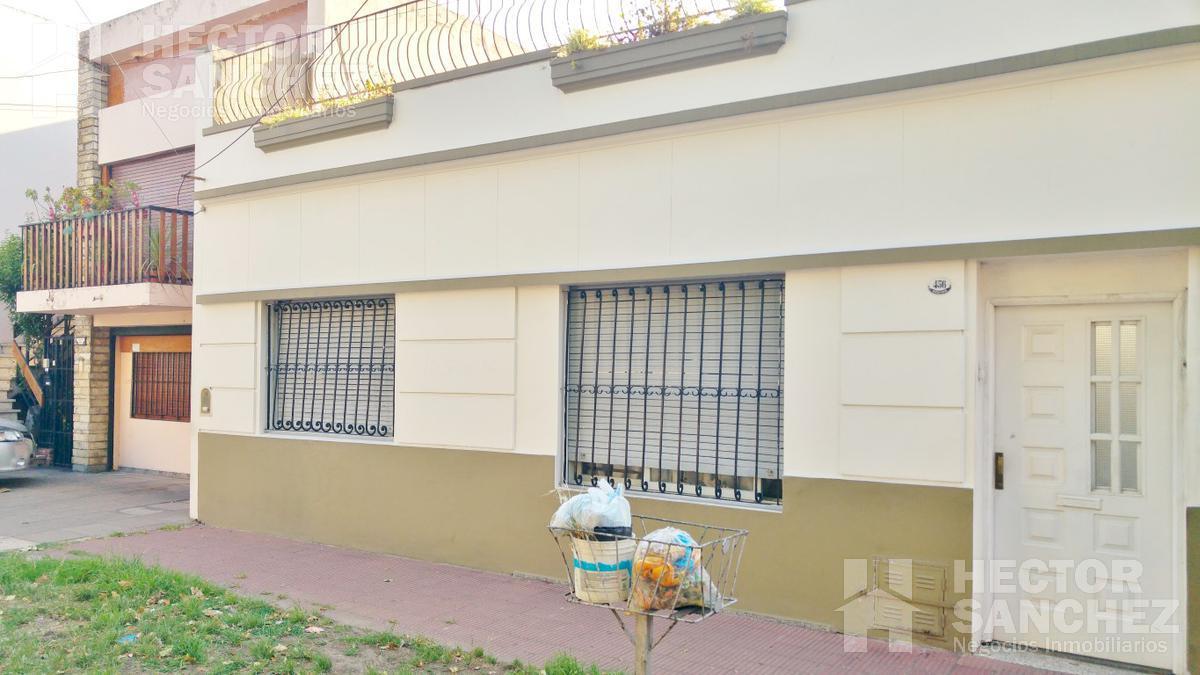Foto PH en Venta en  Ciudadela,  Tres De Febrero  Garavagno al 400