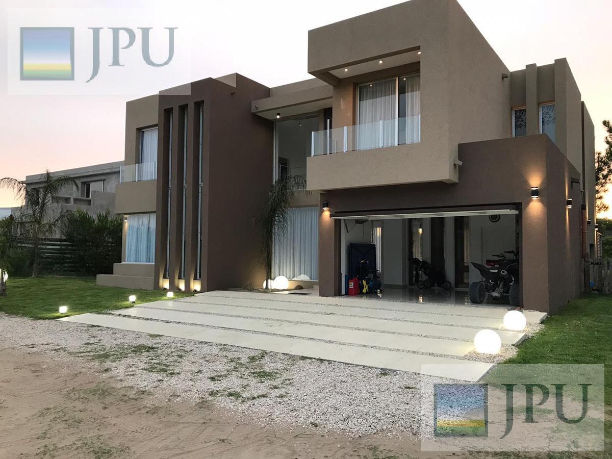 Foto Casa en Alquiler temporario en  Costa Esmeralda,  Punta Medanos  Golf 367