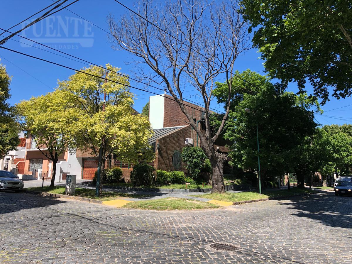 Foto Casa en Venta en  Banfield Oeste,  Banfield  Rodriguez Peña 520