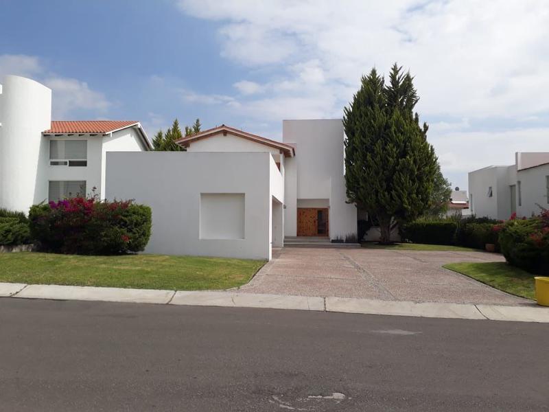Foto Casa en Venta en  Fraccionamiento El Campanario,  Querétaro  Residencia en Venta el Campanario
