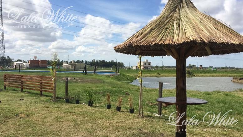 Foto Terreno en Venta en  Laguna Azul,  Countries/B.Cerrado (Ezeiza)  Venta - Lote en barrio privado Laguna Azul