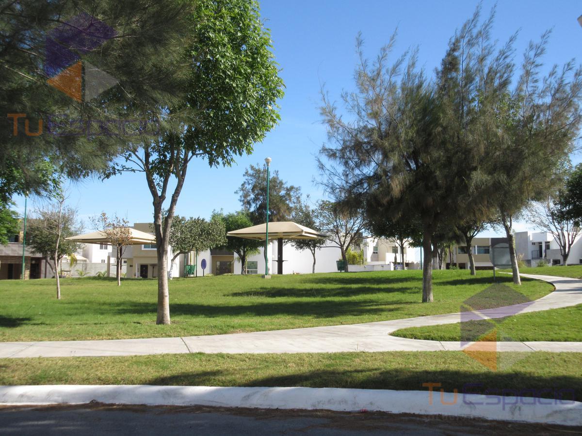 Foto Casa en Venta en  Fraccionamiento Vista Hermosa,  Reynosa  Privada Antara