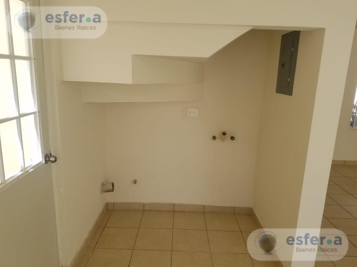 Foto Casa en Renta en  Fraccionamiento Villas de San Ángel,  Torreón  Circuito San Juan al 400