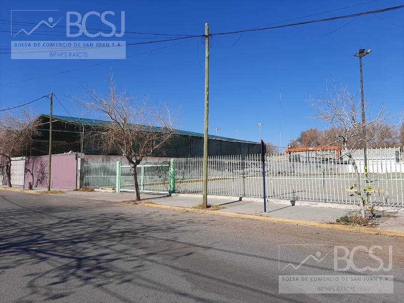Foto Cochera en Alquiler en  Capital ,  San Juan  JUJUY  285 norte-