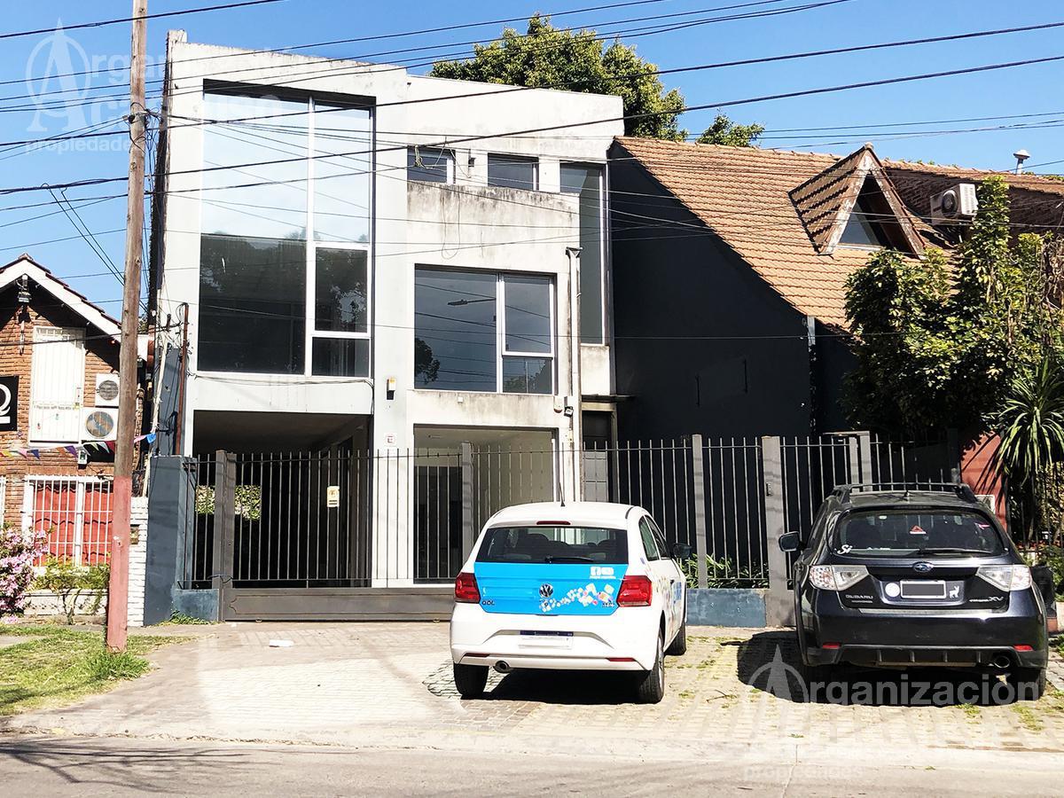 Foto Edificio Comercial en Alquiler en  Las Lomas-Horqueta,  Las Lomas de San Isidro  Local con Oficinas