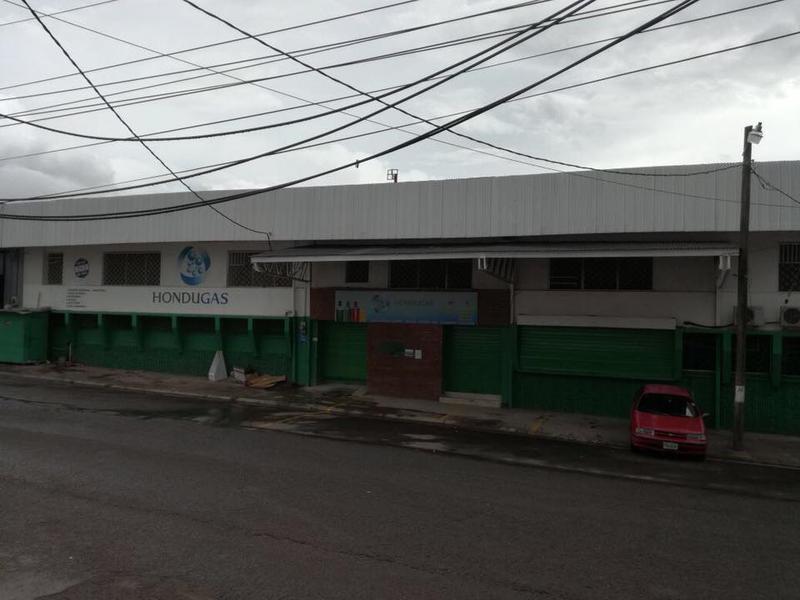 Foto Bodega Industrial en Renta en  Los Proceres,  Tegucigalpa  Bodega En Renta Ave Los Proceres a Media Cuadra del Boulevard Morazan Tegucigalpa