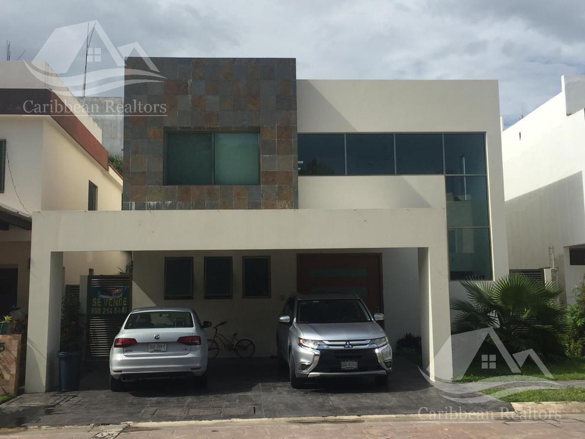 Foto Casa en Venta en  Residencial Cumbres,  Cancún  Residencial Cumbres
