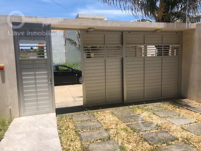Foto Casa en Venta en  Fraccionamiento Paraíso Coatzacoalcos,  Coatzacoalcos  Casa en Venta, Ángel Bracho, Fracc. Paraíso
