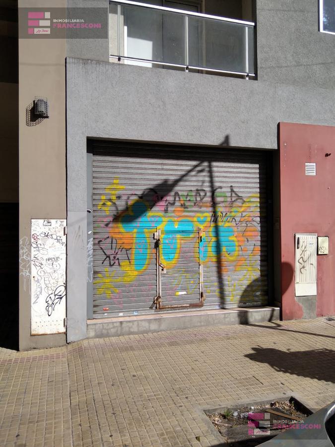 Foto Local en Alquiler en  Microcentro,  La Plata  58 n582 e 6 y 7