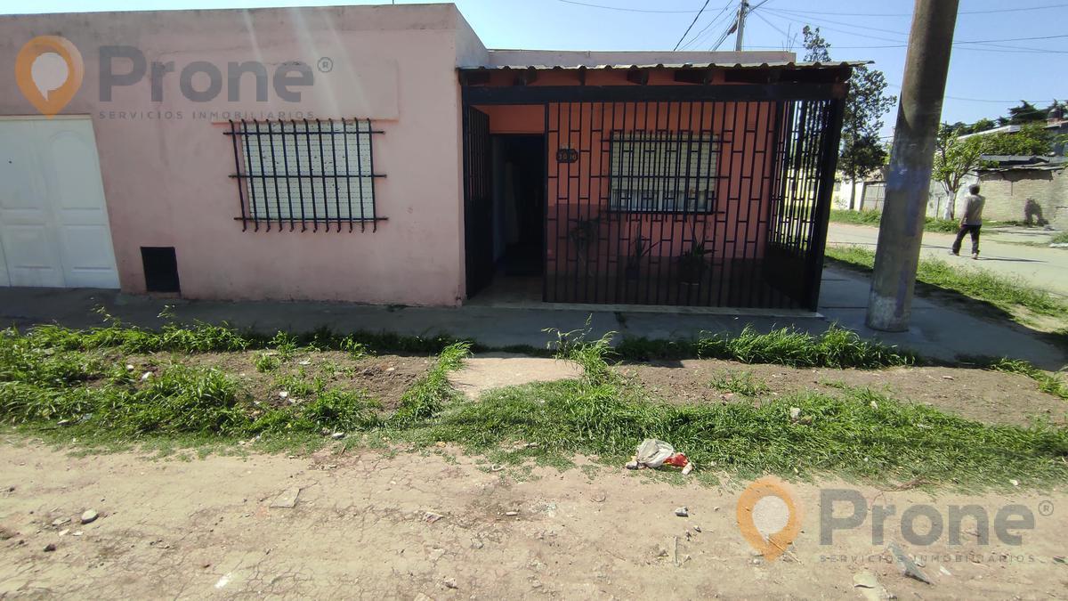Foto Casa en Venta en  Godoy,  Rosario  ARTURO JAURETCHE al 8000