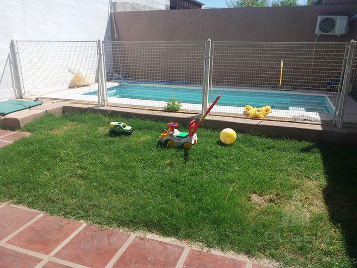 Foto Casa en Venta en  Teniente Benj.Matienzo,  Cordoba  Oportunidad!! 4 dor - Pileta - GGE -  ESCRITURA!! Apta crédito!!