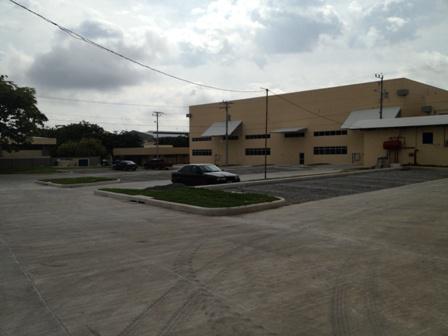 Foto Bodega Industrial en Renta en  Pozos,  Santa Ana  Ofibodega en alquiler en Santa Ana