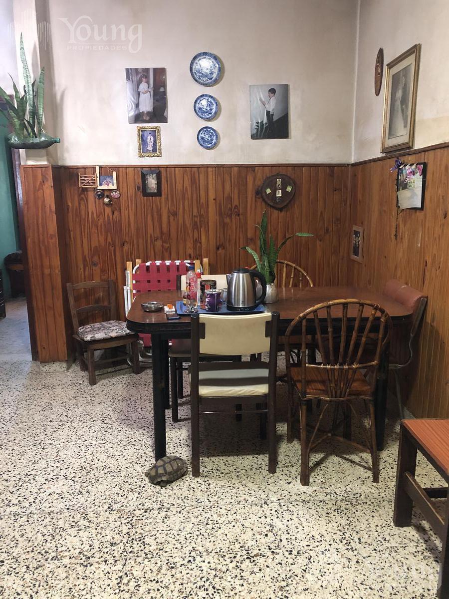 Foto Casa en Venta en  Wilde,  Avellaneda  victor hugo al 100