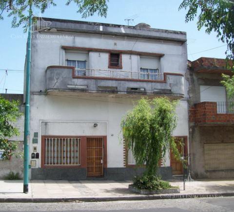 Foto Casa en Venta en  Mataderos ,  Capital Federal  Tapalque al 5600