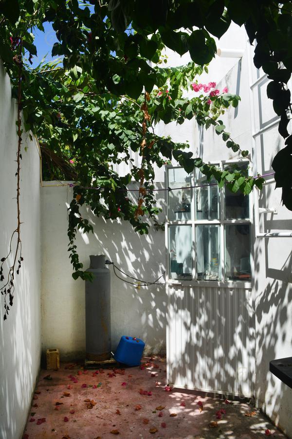 Mundo Habitat House for Sale scene image 7