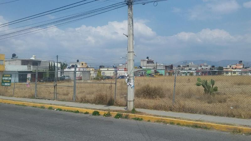 Foto Terreno en Venta en  Fraccionamiento La Colonia,  Mineral de la Reforma  Fraccionamiento La Colonia