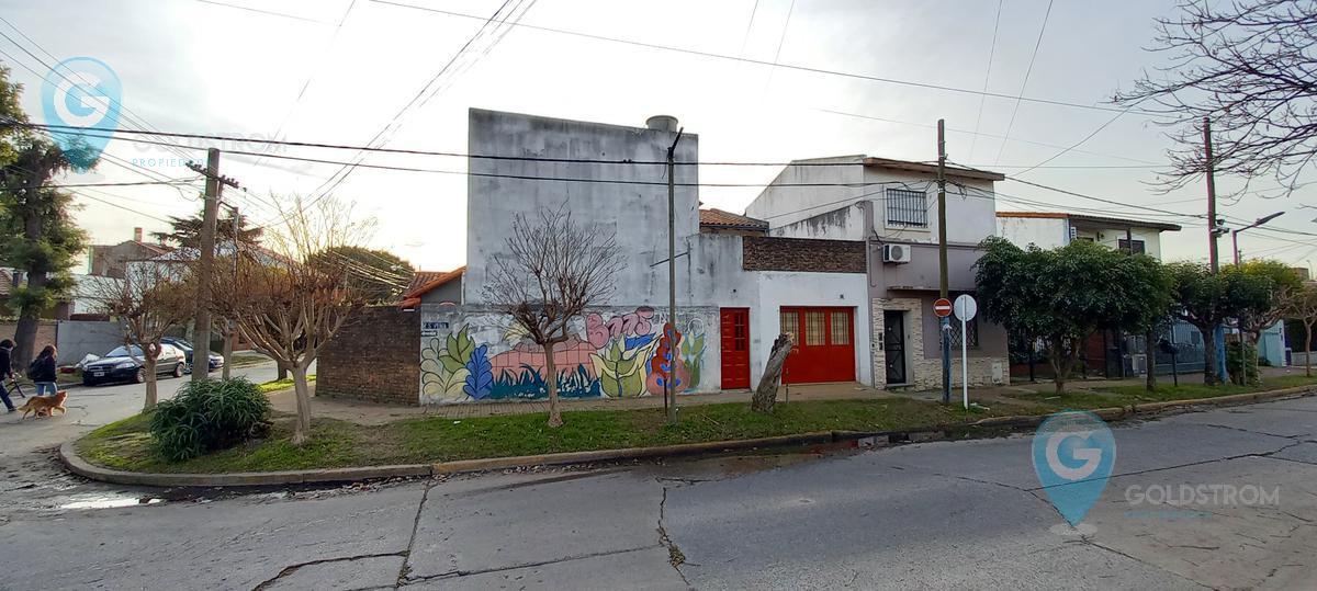 Foto PH en Alquiler temporario en  Bernal,  Quilmes  Saenz Peña esq Andrade