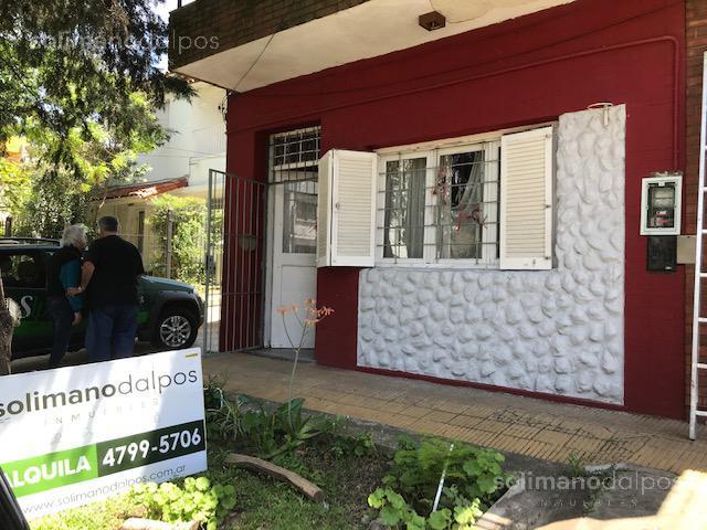 Foto Casa en Alquiler en  Olivos-Roche,  Olivos  olaguer y feliu al 2900