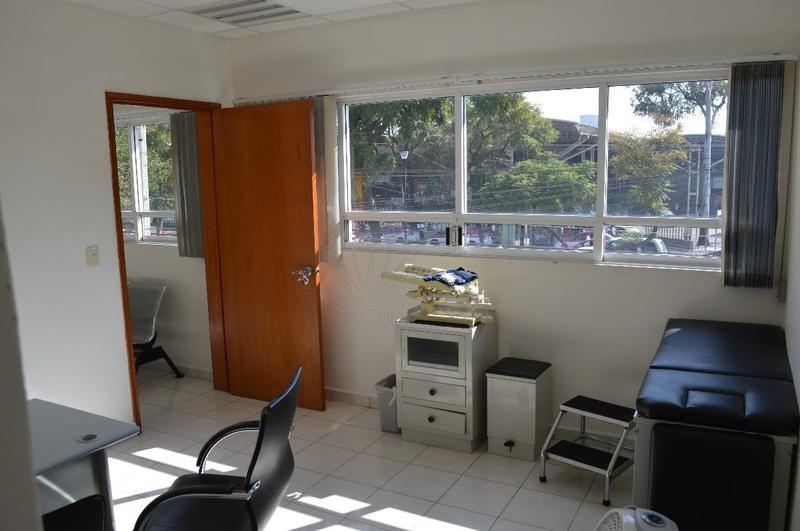 Foto Oficina en Renta en  Industrial,  Gustavo A. Madero  Renta de consultorios en Clinica de Especialidades, col. Industrial