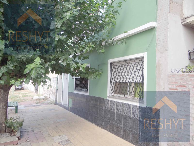Foto Casa en Venta | Alquiler en  J.Ingenieros,  Ciudadela  PUEYRREDON al 3800 - CIUDADELA