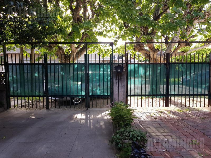 Foto Casa en Venta en  Jose Leon Suarez,  General San Martin  Jose Carlos Paz al 3000