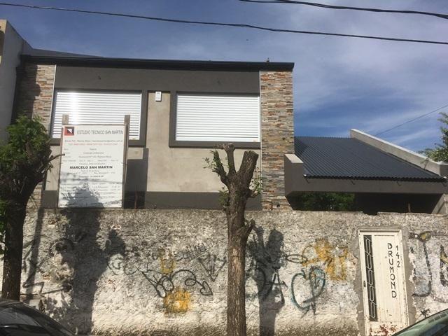 Foto Casa en Venta en  Ramos Mejia,  La Matanza  Drumond 147