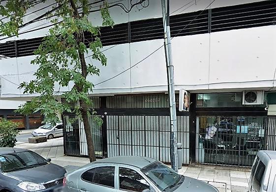 Foto Local en Alquiler en  Almagro ,  Capital Federal  Bartolomé Mitre al 3900