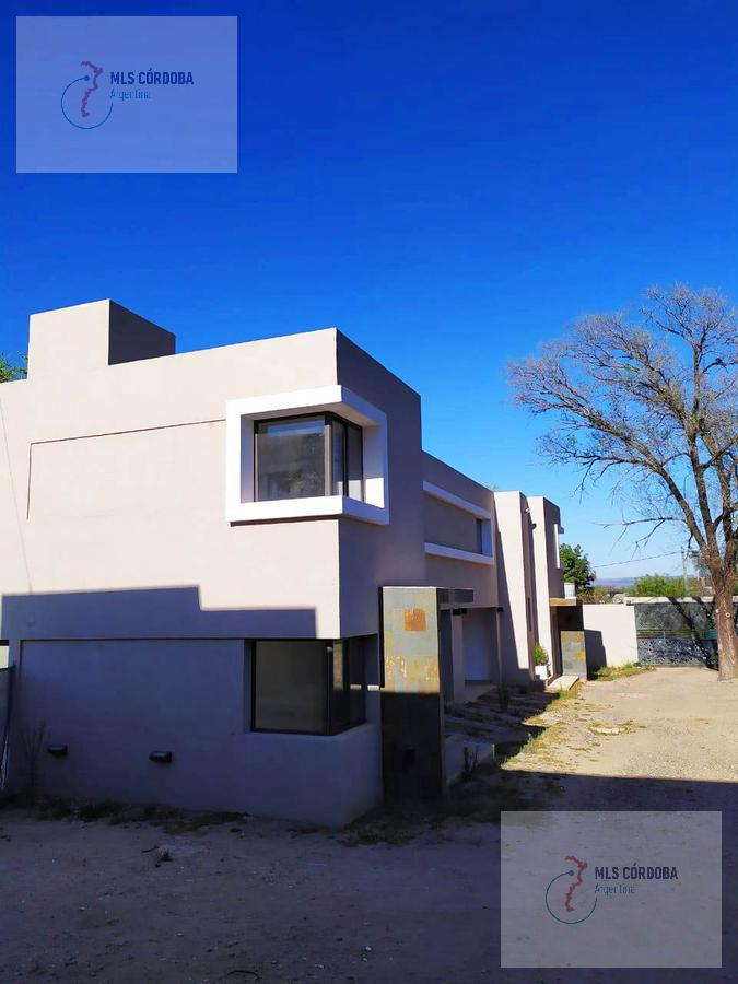 Foto Casa en Venta en  Villa Allende Golf,  Villa Allende  guadalupe esquina pamplona