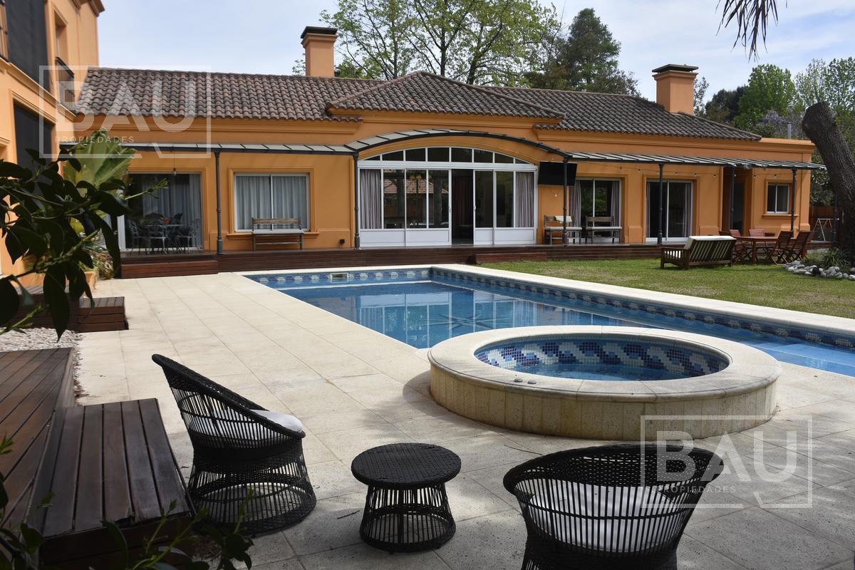 Foto Casa en Venta en  San Diego C.C,  Countries/B.Cerrado (Moreno)  Impecable Propiedad Moderna en Esquina