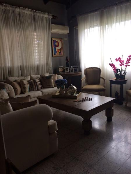 Foto Casa en Venta en  Figueroa,  San Pedro Sula  Casa en venta con amplio y bonito patio en Colonia Figueroa