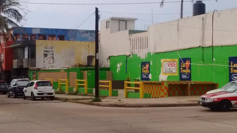 Foto Terreno en Venta en  Coatzacoalcos Centro,  Coatzacoalcos  Mariano Abasolo No. 800 esquina con la Av. Revolución, Zona Centro, Coatzacoalcos, Ver.