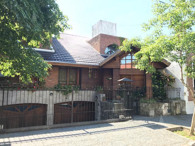 Foto Casa en Venta |  en  Lomas de Zamora Oeste,  Lomas De Zamora  San Martin 522