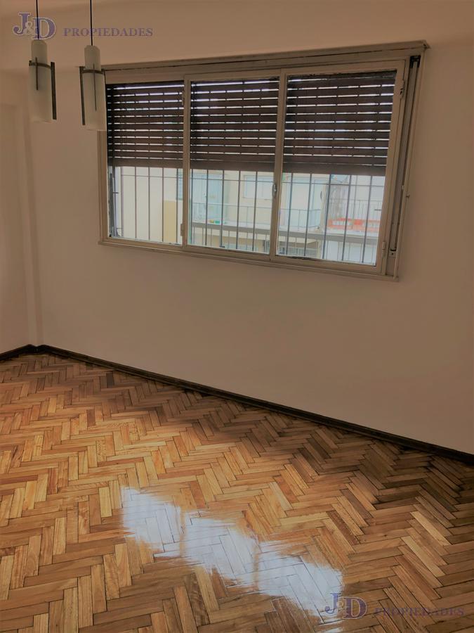 Foto Departamento en Venta en  Almagro ,  Capital Federal  Salguero 700