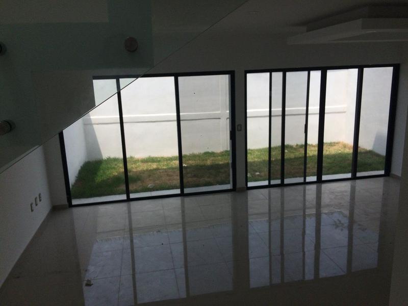Foto Casa en Venta en  Alvarado ,  Veracruz  Casa en Venta en La Rioja Super Rebajada (Ultimas casas).