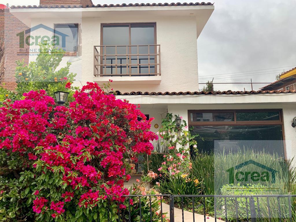 Foto Casa en Venta | Renta en  Metepec ,  Edo. de México  Casa en VENTA o RENTA Metepec ideal para quien busca habitaciones en primer nivel