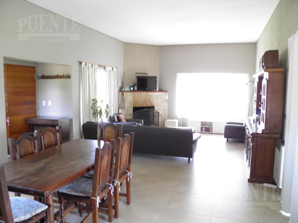 Foto Casa en Alquiler | Venta en  Barrio Fincas de San Vicente,  Countries/B.Cerrado (San Vicente)  Fincas de San Vicente Golf