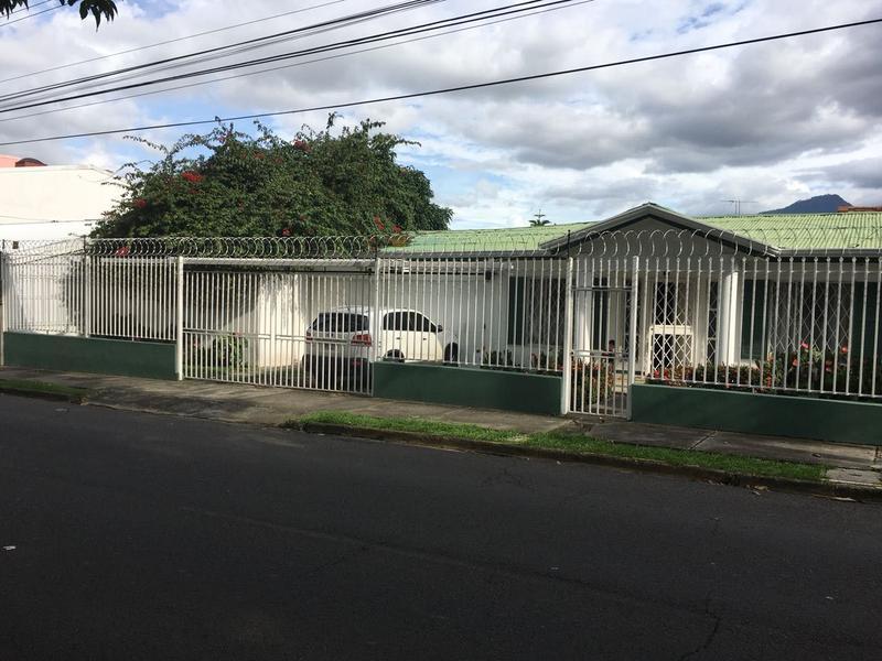 Foto Casa en Venta en  Pavas,  San José  Se vende propiedad sobre Boulevard de Rohrmoser,