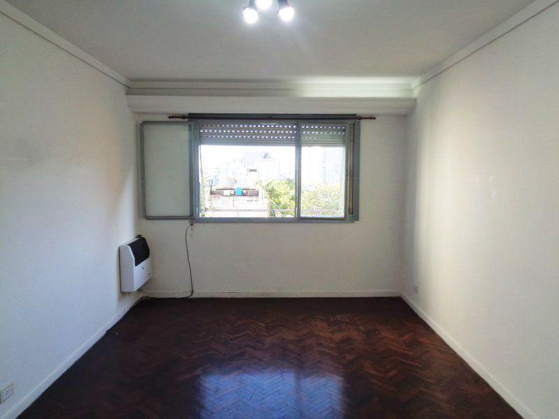 Foto Departamento en Venta en  Almagro ,  Capital Federal  PALESTINA 800