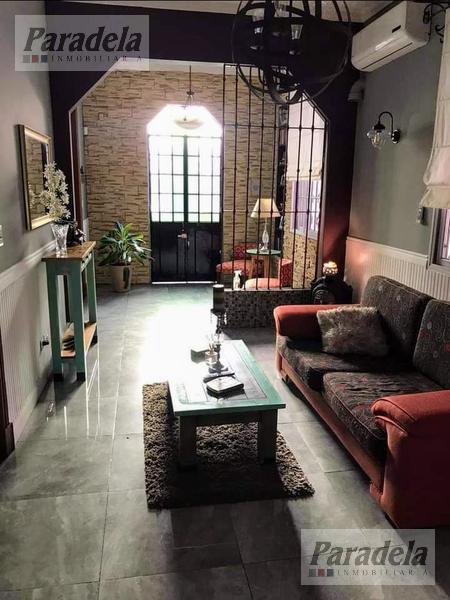 Foto Casa en Venta |  en  Ituzaingó Sur,  Ituzaingó  Dr. Gelpi al 800