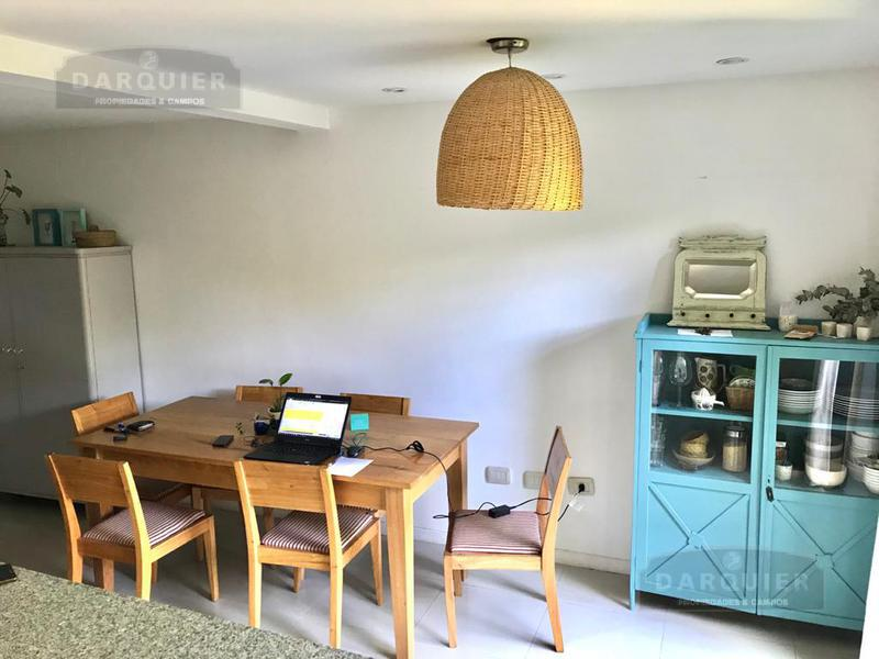 Foto Casa en Venta en  Adrogue,  Almirante Brown  EREZCANO 1210