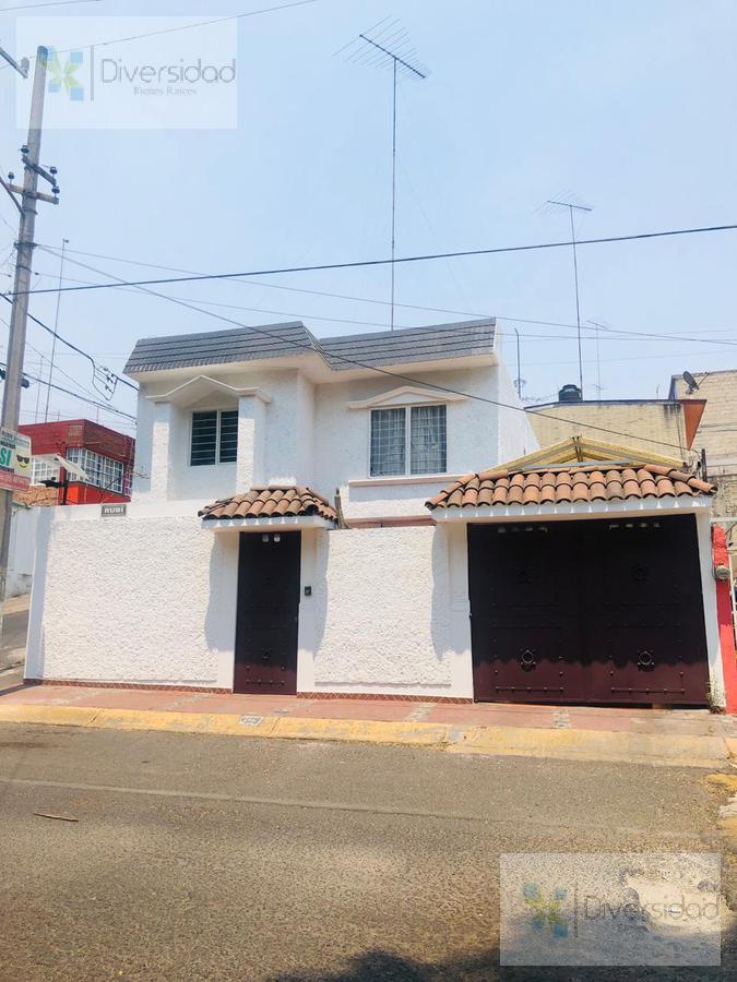 Foto Casa en Venta en  Ciudad Adolfo López Mateos,  Atizapán de Zaragoza  calle rubi