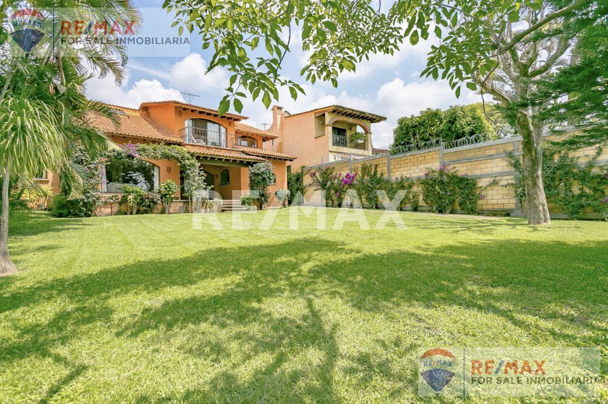 Foto Casa en Venta en  Vista Hermosa,  Cuernavaca  Fracc. Leñeros, Vista Hermosa