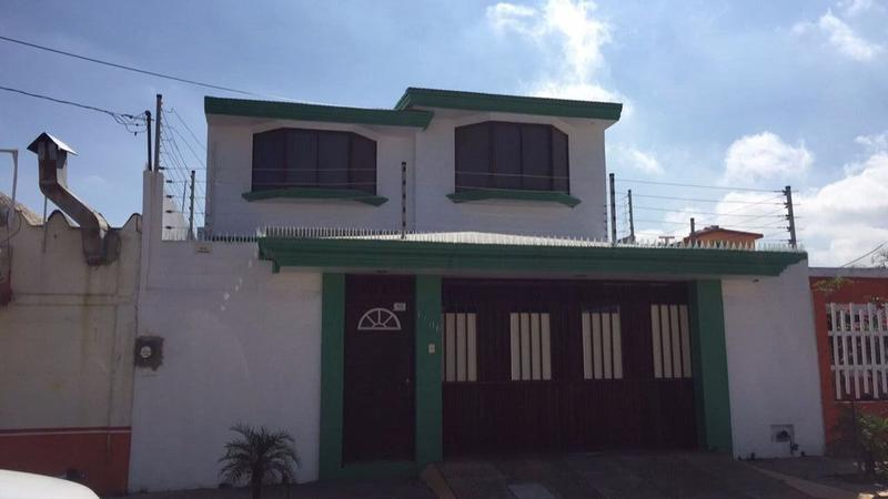 Foto Casa en Venta en  Guadalupe Victoria,  Coatzacoalcos  Casa en Venta, Niños Héroes, Col. Guadalupe Victoria.