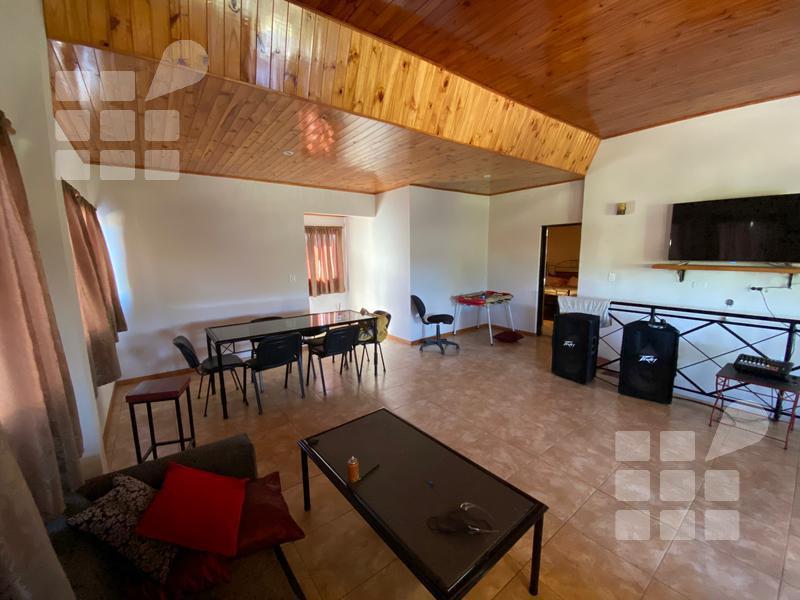 Foto Casa en Venta en  La Plata,  La Plata  136 y 520