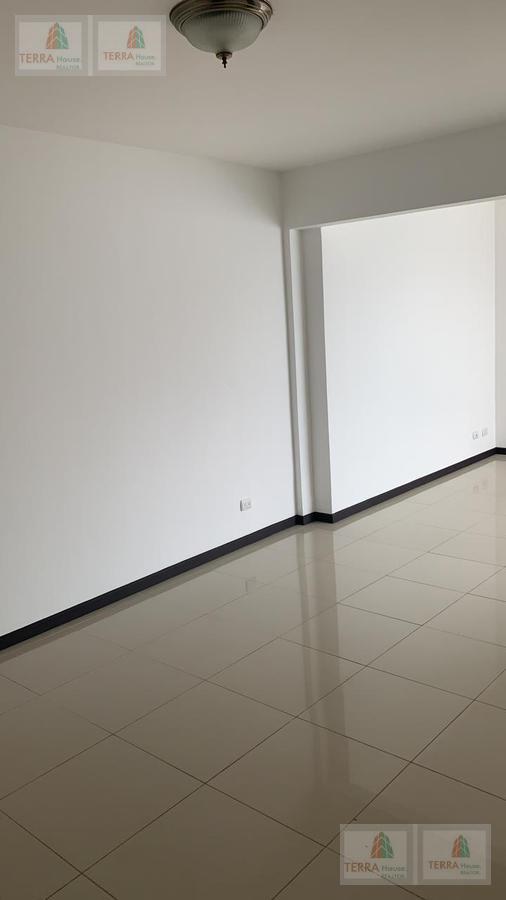 Foto Oficina en Renta en  Mata Redonda,  San José  Cerca de Mc Donald's Sabana, Estadio